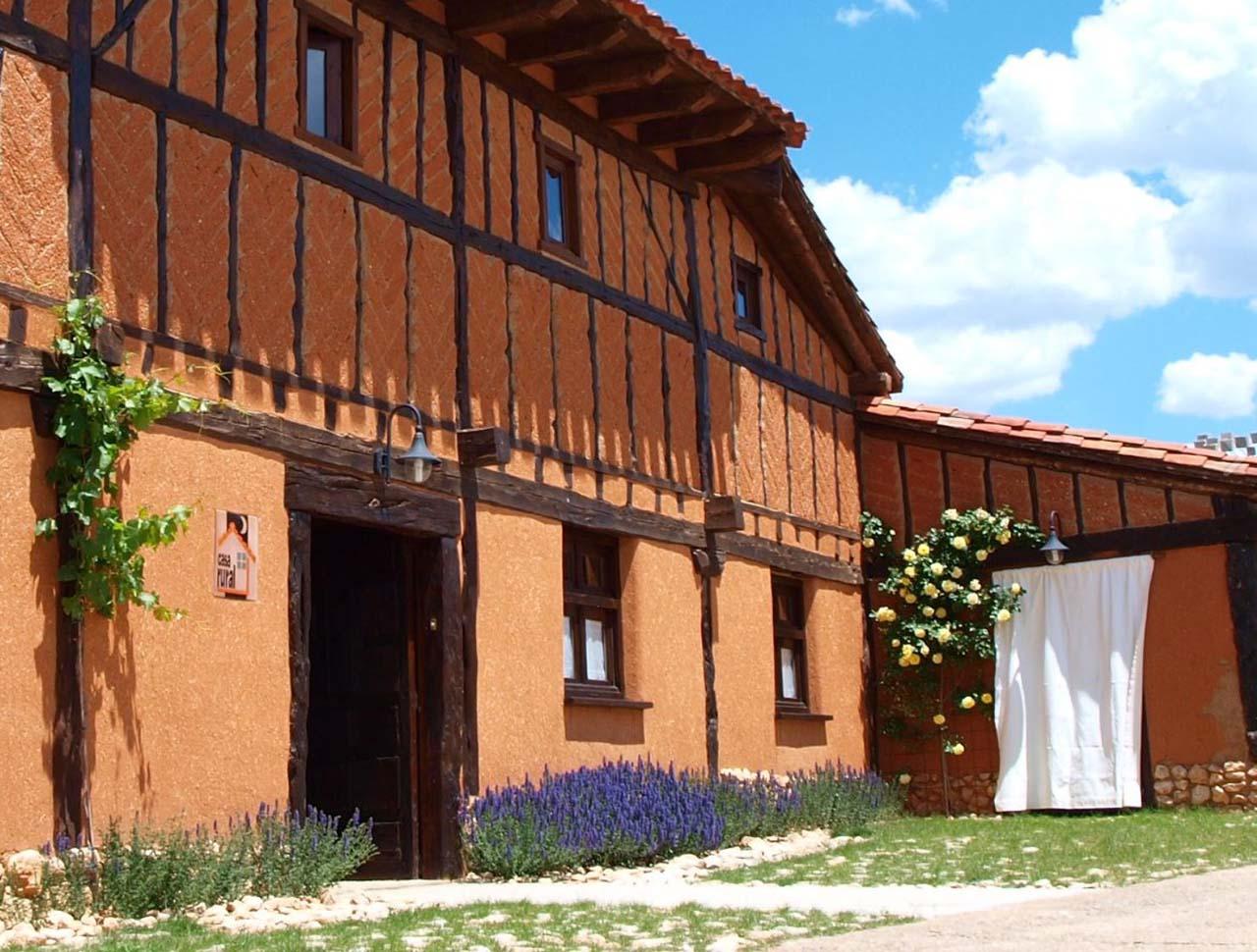 Hotel Rural La Casa de Adobe en Valdemaluque, Soria