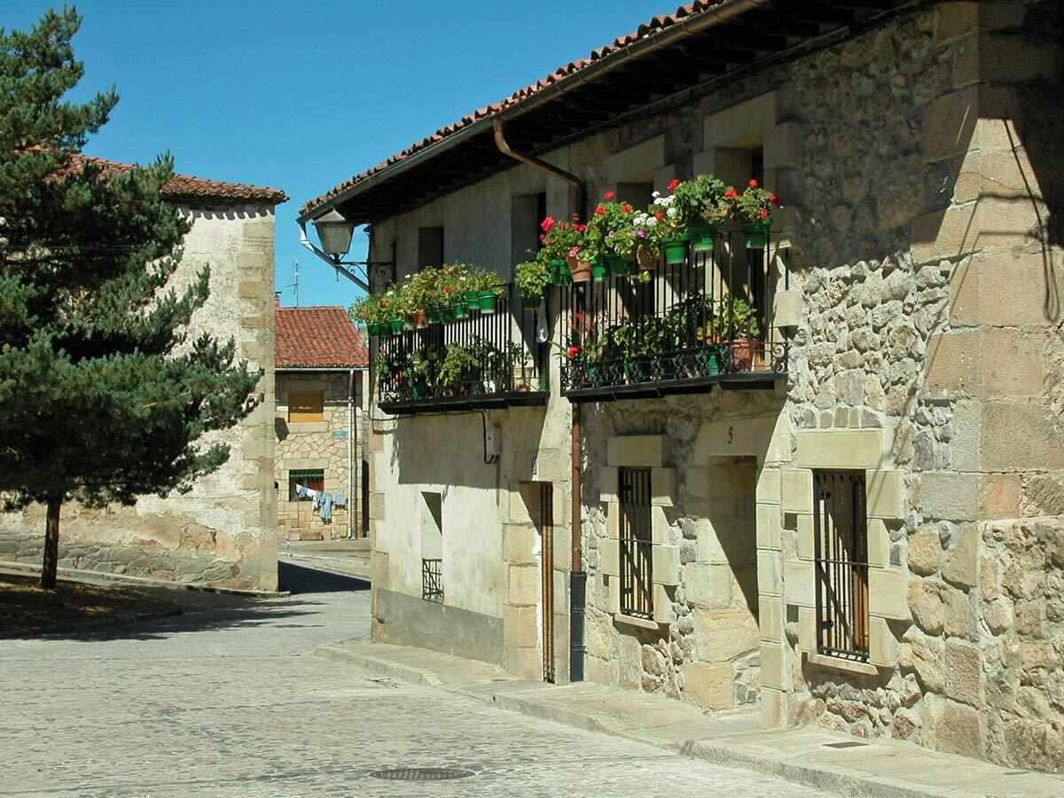 Alquiler de Casa del Tío Benito en Molinos de Duero, Soria.