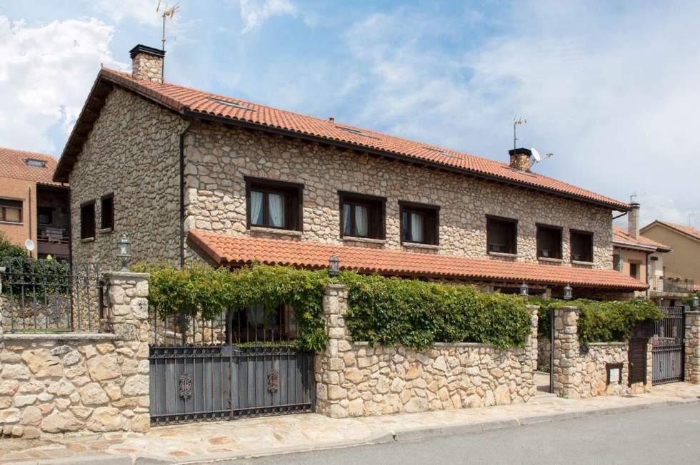 La Casona de Gascones, casa rural completa en Gascones, Sierra Norte de Madrid
