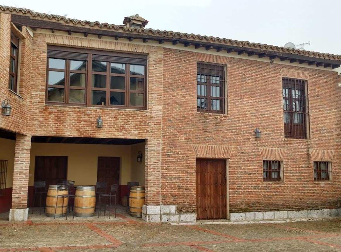 La Casona de Tía Victoria,  casa rural para grupos grandes en Rueda, Valladolid