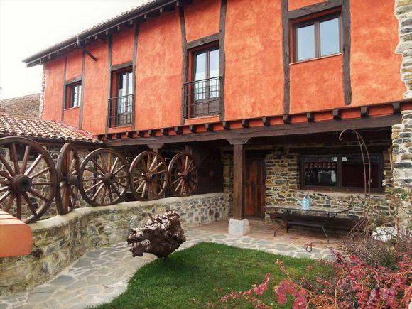 Casa Rural La Parda, alojamiento en el Parque Natural de Fuentes Carrionas, Triollo, Palencia