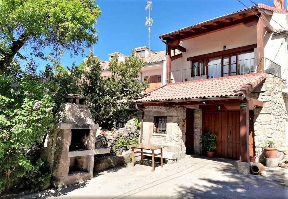 La Piedra del Mediodía, casa rural en la Sierra de Gredos, Barajas, Avila