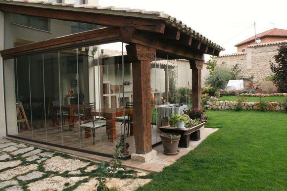Posada Las Casitas. Habitaciones cómodas y bien decoradas en Ampudia, Palencia