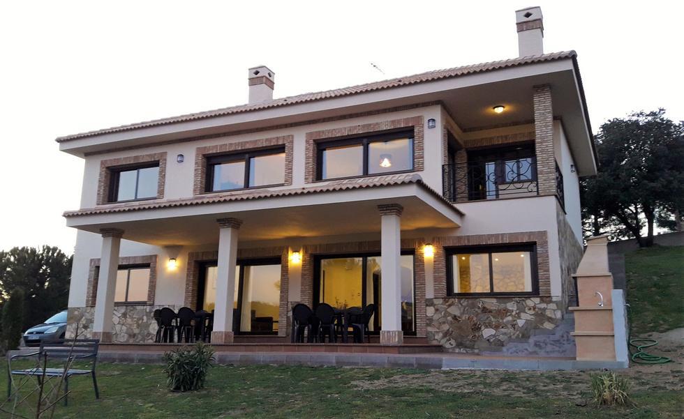 Villa La Robledana, Casa independiente en Robledo de Chavela, Madrid