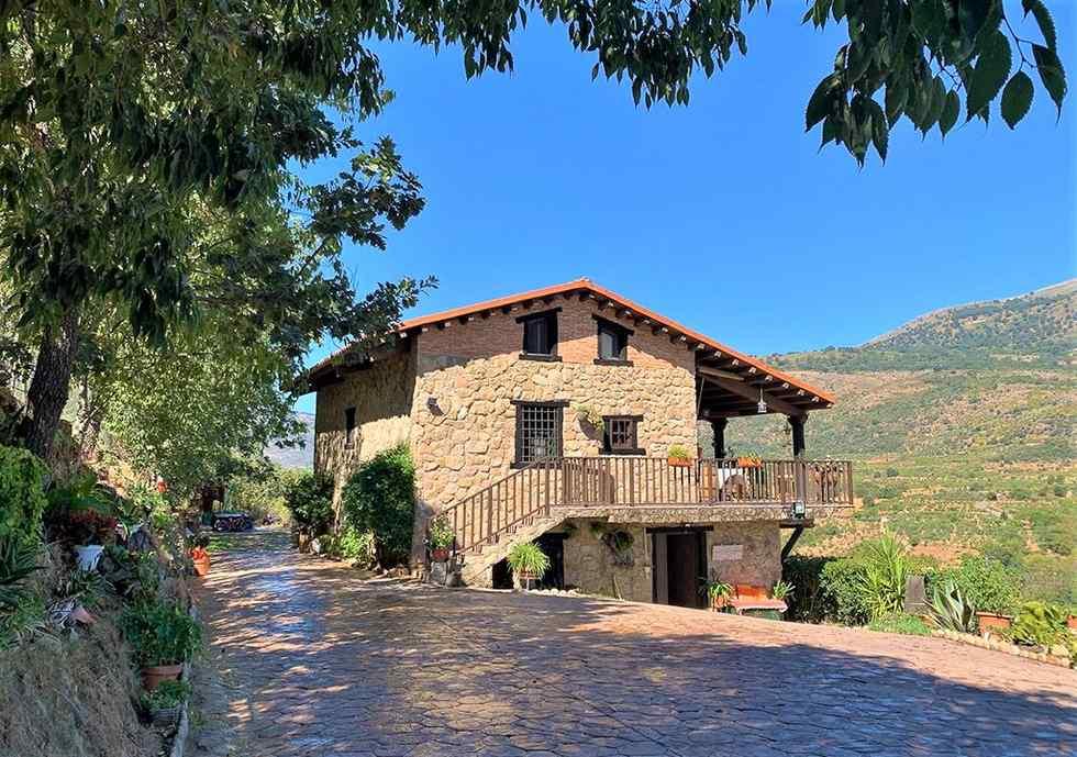 Casa Rural La Seguirilla del Jerte en Casas del Castañar, Valle del Jerte, Cáceres.