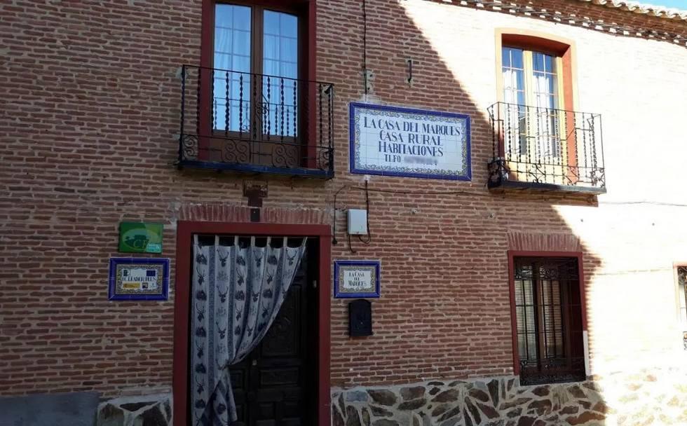 La Casa del Marqués, casa rural por habitaciones en  Cazalejas, Toledo