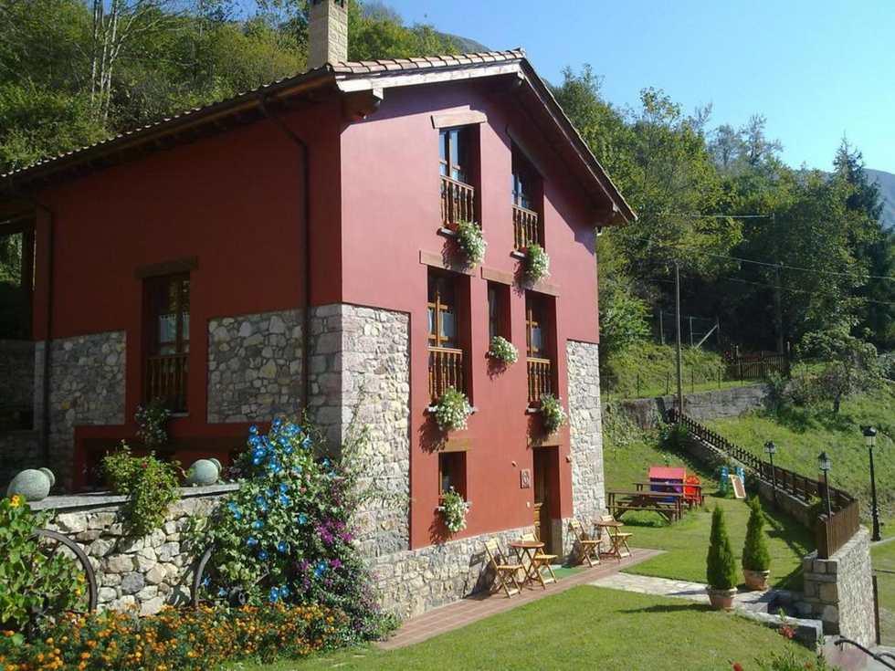 Casa Rural La Llosa de Repelao, alquiler por habitaciones en Covadonga