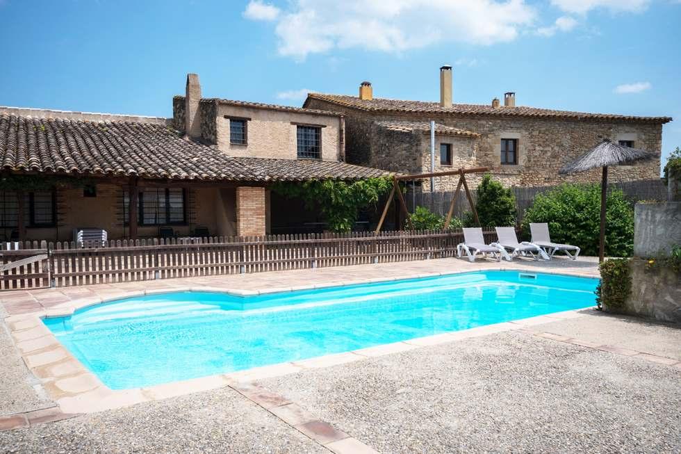 La Pallissa de Can Gat Vell, casa rural en  Saus Camallera Llampaies, Girona.