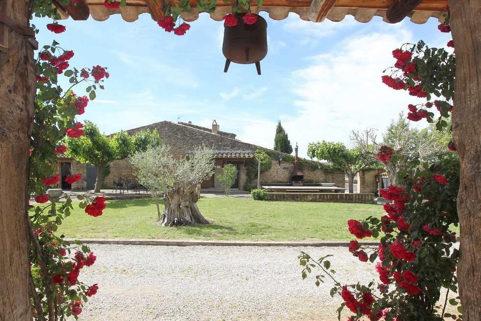 Alquiler de casa rural La Pallissa de Can Gat Vell en  Saus Camallera Llampaies, Girona.