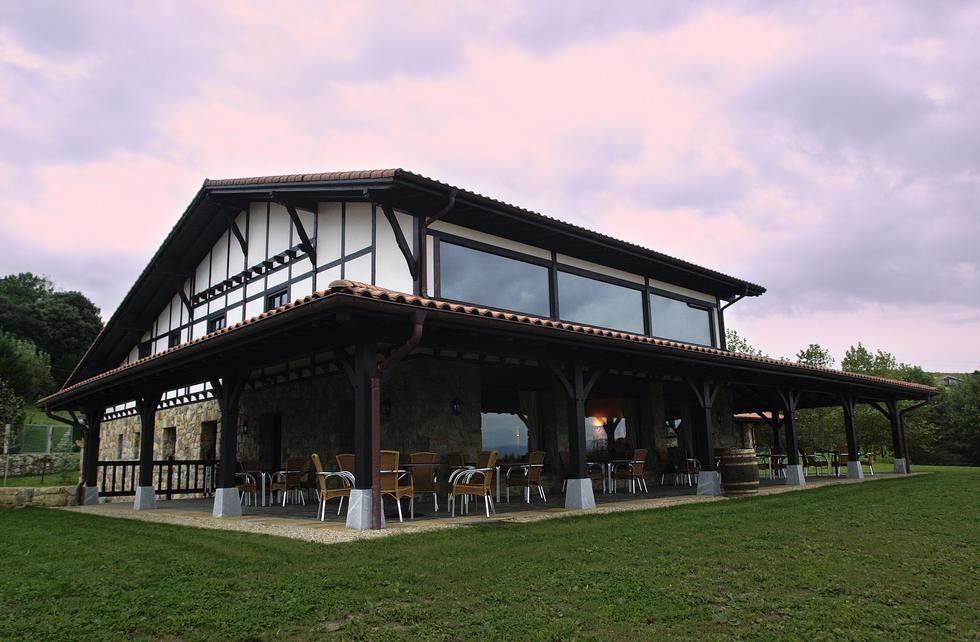 Casa Rural Larrakoetxea en Plencia, Vizcaya
