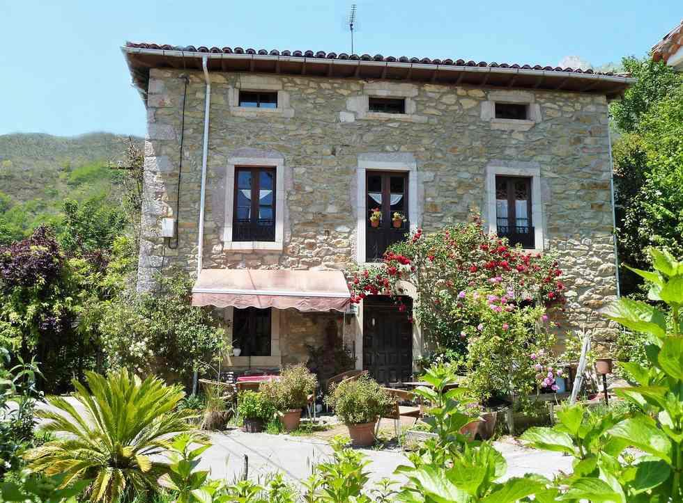 La Valleja, alquiler de casa rural de indianos en Rieña, Peñamellera Alta, Asturias