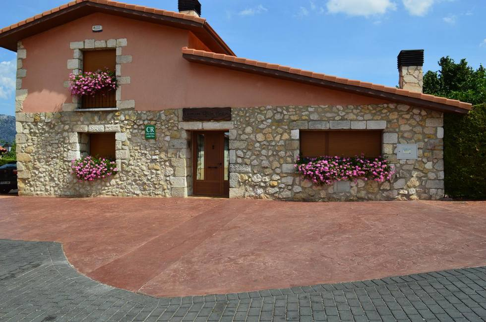 Casa Rural Legaire Etxea en Ibarguren, Asparrena, Alava