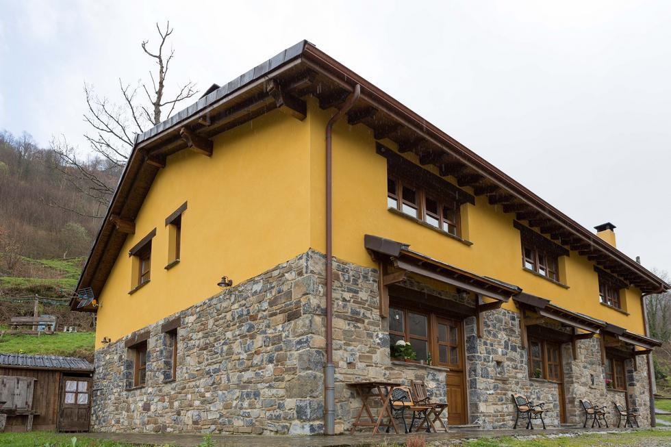 Casa Rural Llananzanes en Aller, Asturias