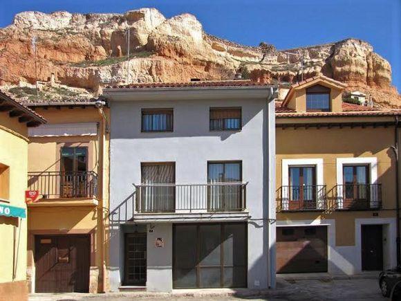 Alquiler de Casa Rural Los Celtíberos para 8 personas en San Esteban de Gormaz, Soria