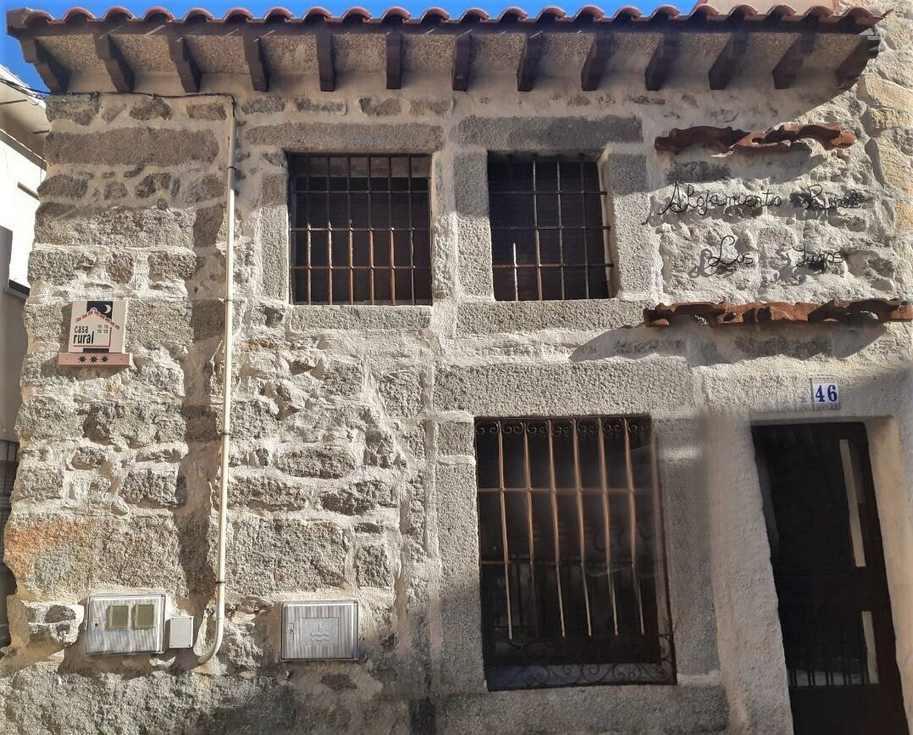 Los 2 Yugos, casa rural junto al río Alberche en Navaluenga, Avila