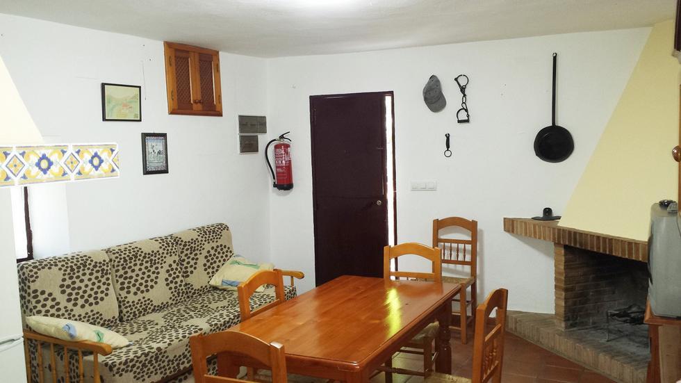 Finca Los Laureles, casa de campo en Zahara de la Sierra, Cadiz
