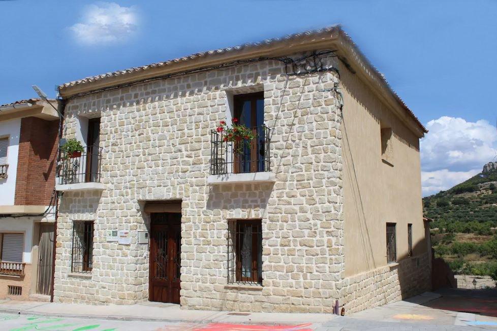 Alquiler de casa rural Los Montones en Carcelén, Albacete.