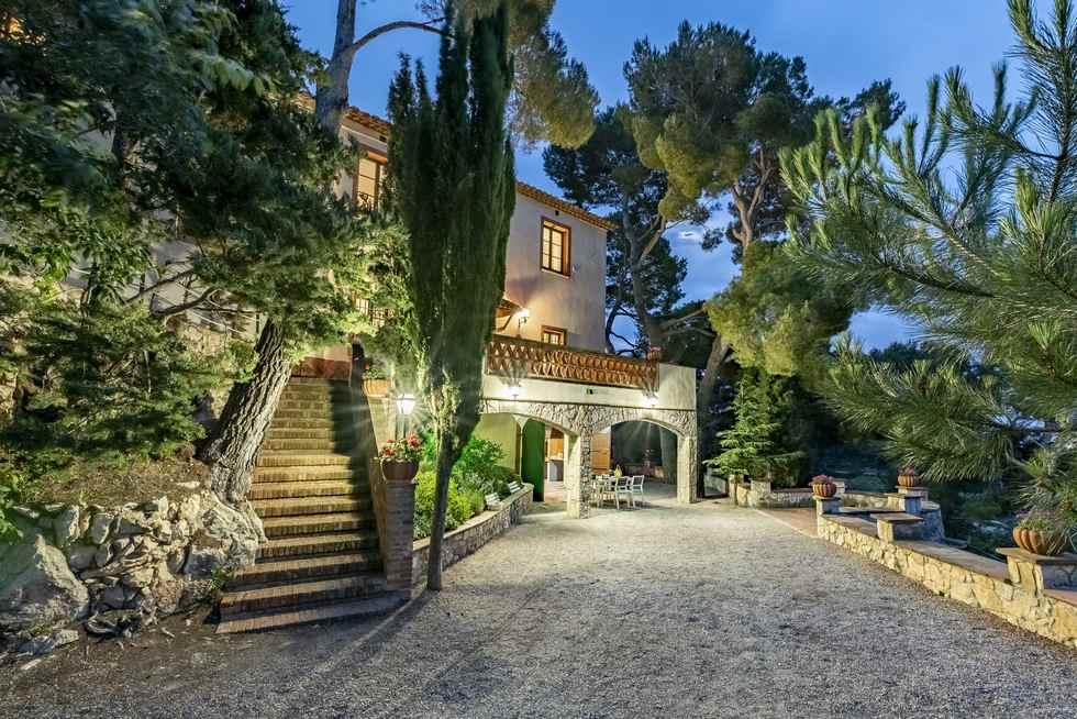 Mas Barbat, villa en Figuerola del Camp, Tarragona.