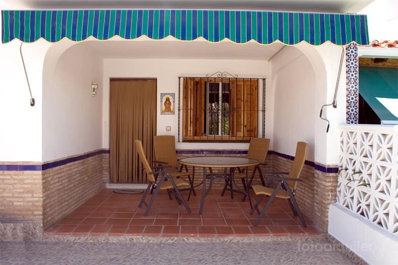 Alquiler de chalet 3 dormitorios en Matalascañas, Urbanización Cotomar Andalucia