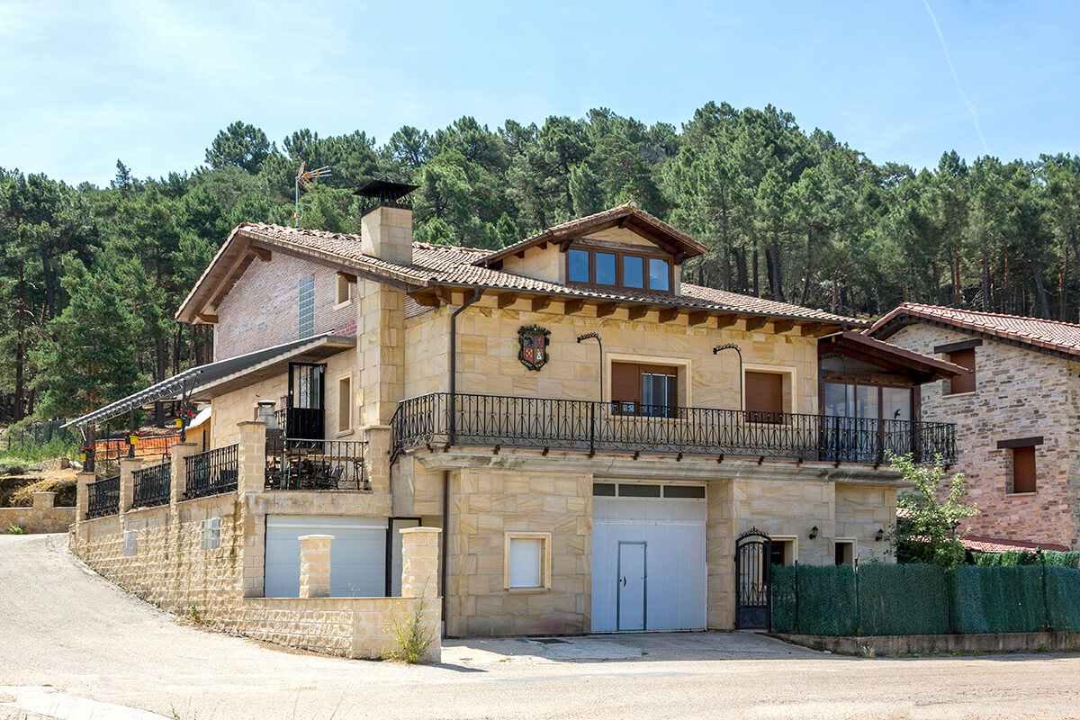 Casa rural en el Cañón del río Lobos, Casa Rural Mirador de Pinares, San Leonardo de Yagüe, Soria