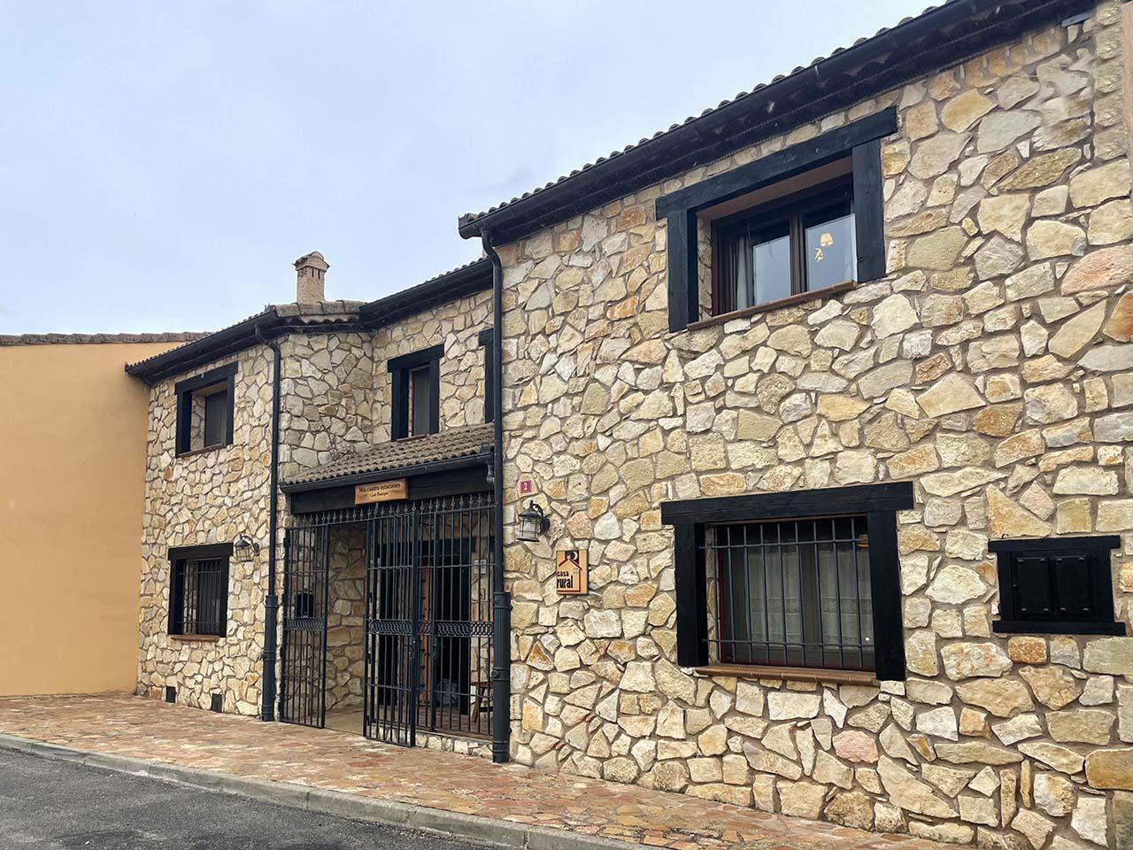 Casa Rural Mis Cuatro Estaciones en Sotos de Sepúlveda, Segovia.