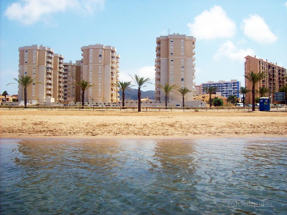 Alquiler de apartamento en primera línea Playa Paraíso, en el Mar Menor, Murcia, ref.: mu22