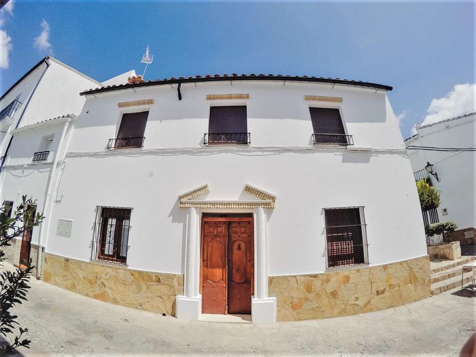 Navazos, casa y loft en Benaocaz, Cádiz