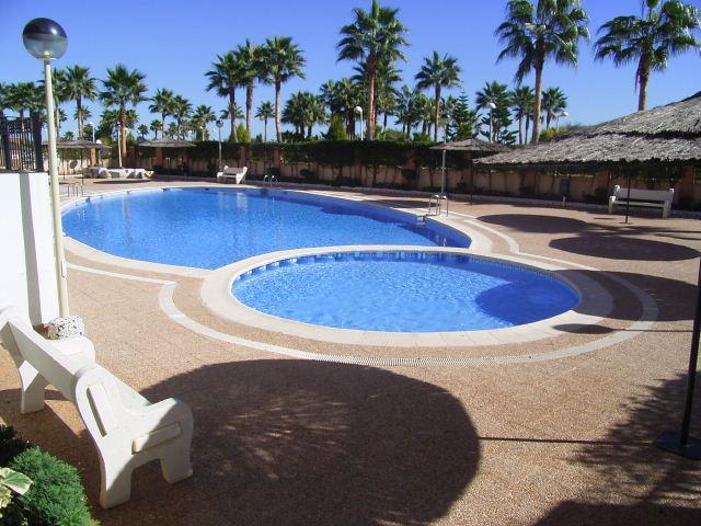 Alquiler primera linea, apartametnto dos dormitorios en residencial Costa Marina III, Oropesa del Mar
