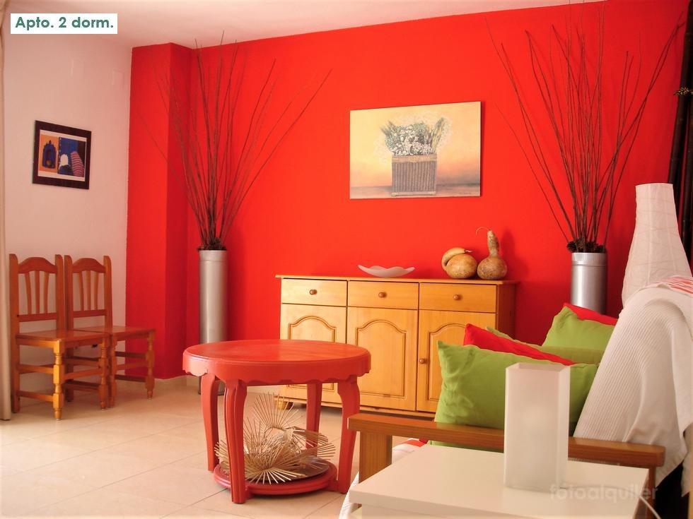 Alquiler de dos apartamentos a 50 metros de la Playa de la Concha en Oropesa del Mar.