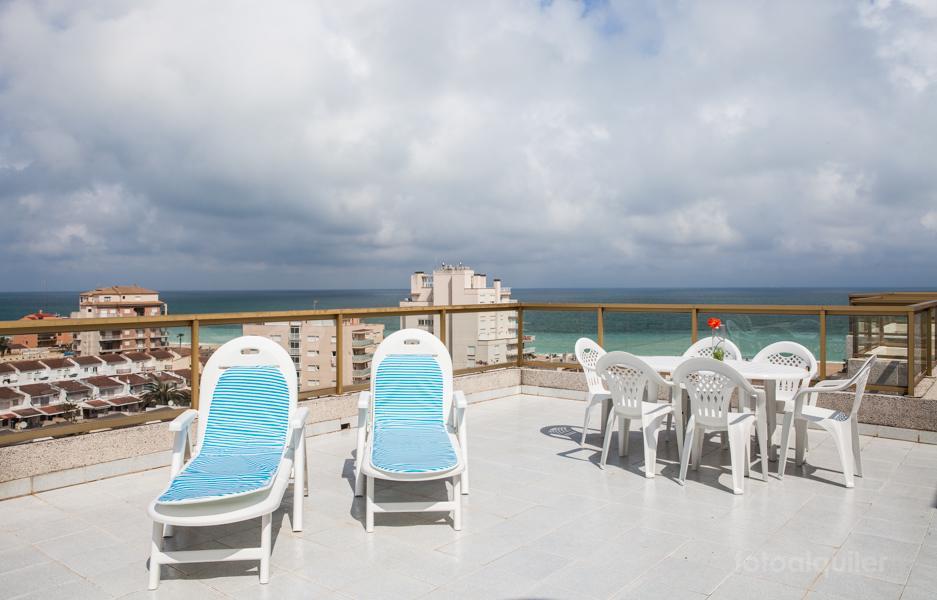 Alquiler de ático con vistas a la playa en Peñíscola, Residencial Mediterraneo