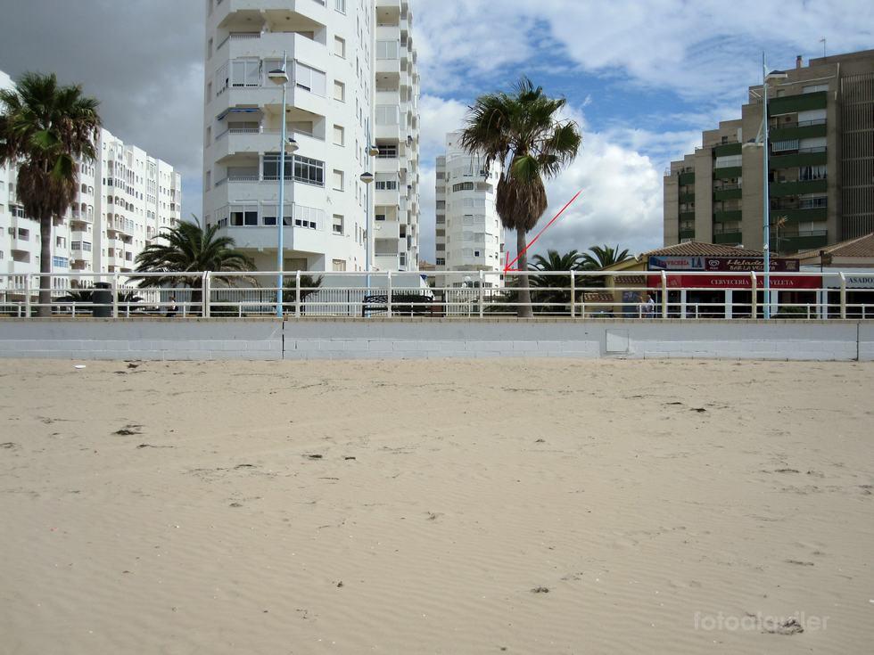 Alquiler apartamento en primera línea de playa en El Puerto de Santa María, Huelva.