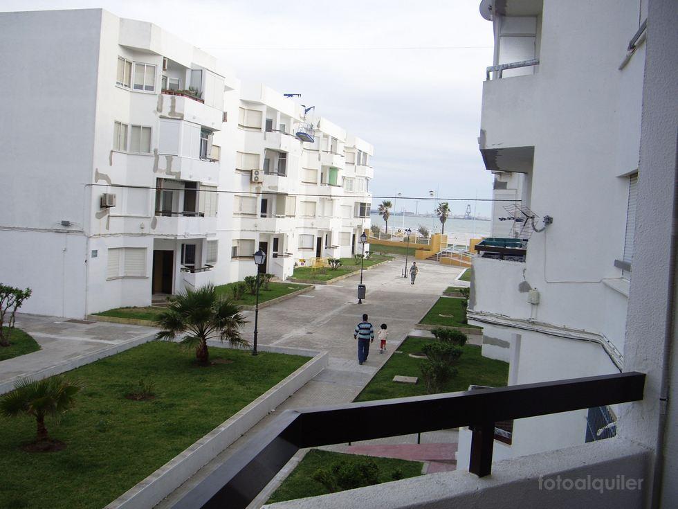 Alquiler de piso en primera línea de playa en El Puerto de Santa María, Cádiz
