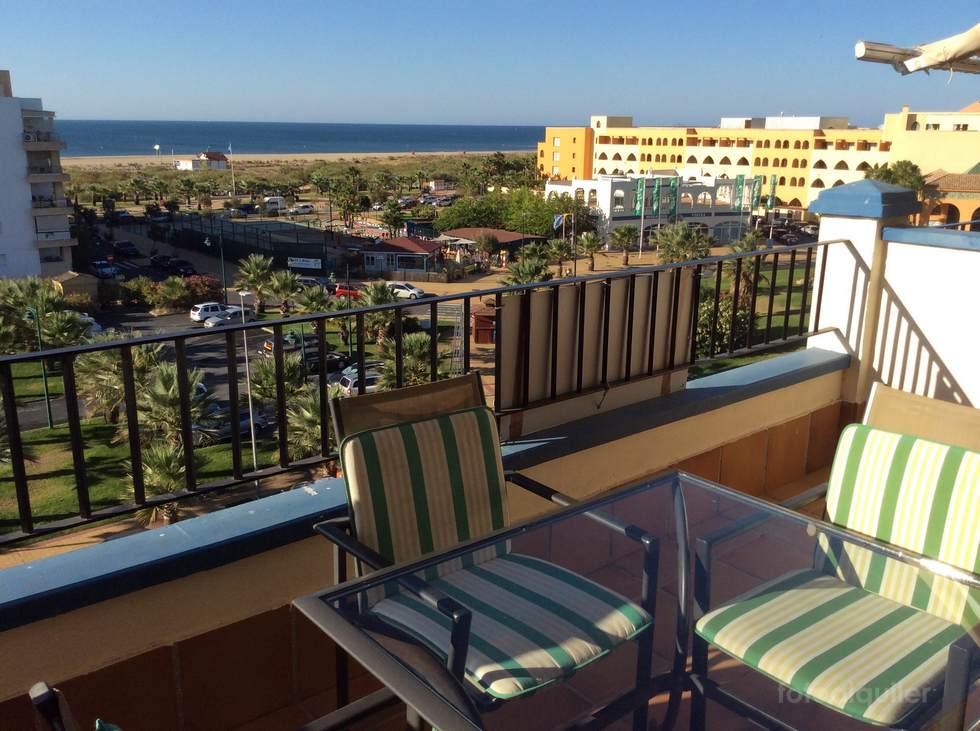 Apartamento en Punta del Moral, junto al puerto deportivo y playa, Ayamonte
