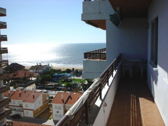 Alquiler apartamento frente al mar en Punta Umbria, Urbanización Punta Mar