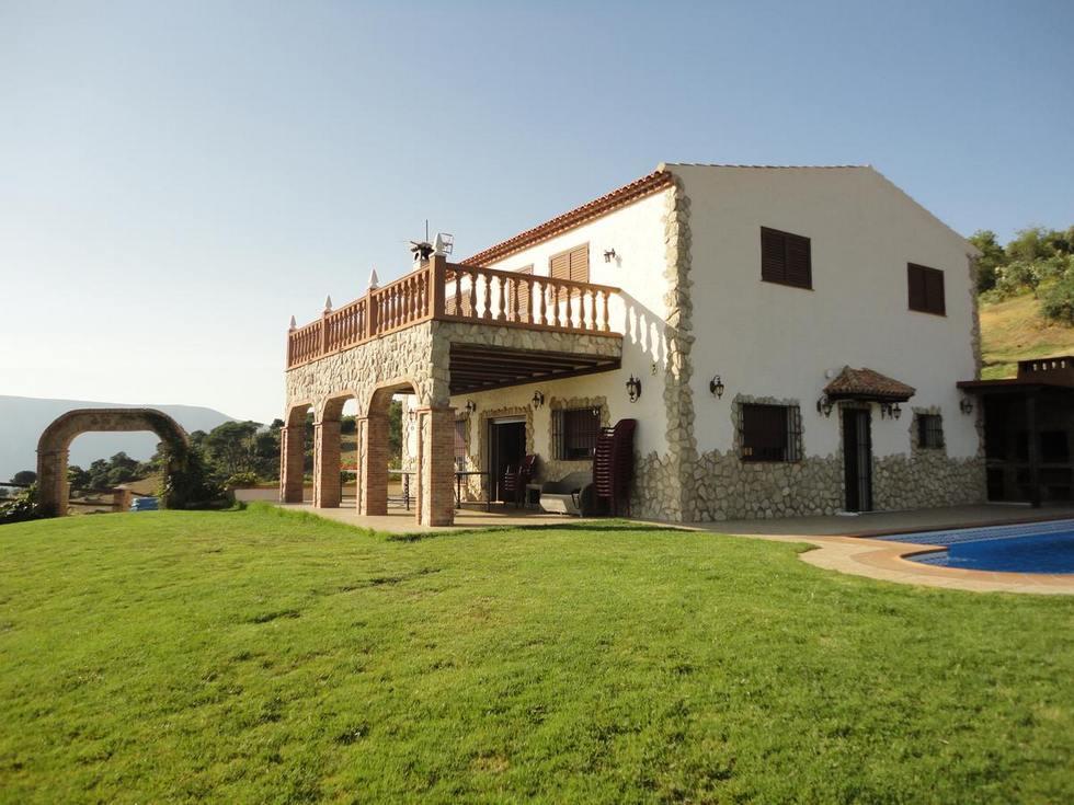 Rancho Los Cuñaos, alojamiento rural en El Gastor, Cádiz