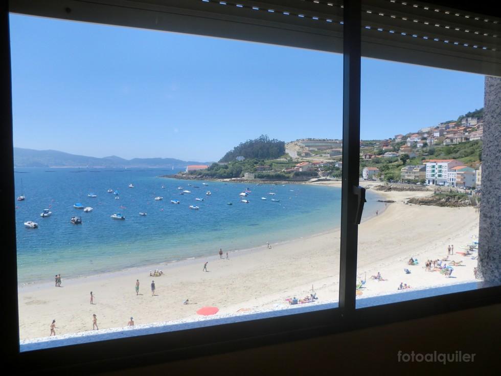 Alquiler de piso en primera línea de playa en Raxó, Poio, Pontevedra