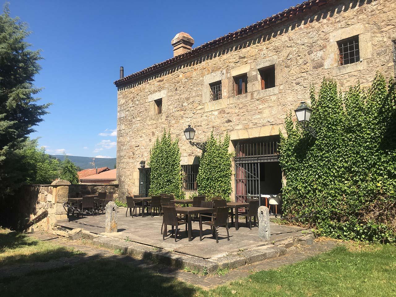 Real Posada de La Mesta, hotel con encanto en Molinos de Duero, Soria.