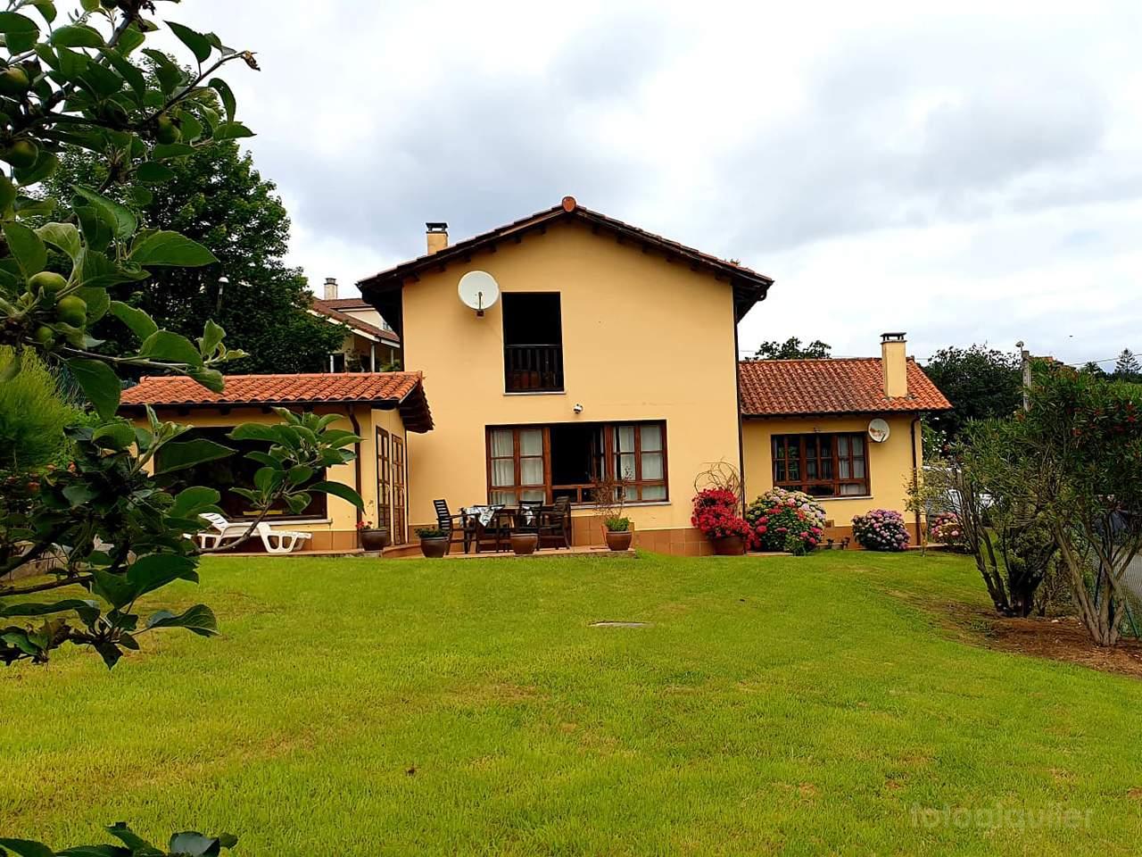Alquiler de chalet en Ribadesella, Asturias, ref.: ribadesella8607