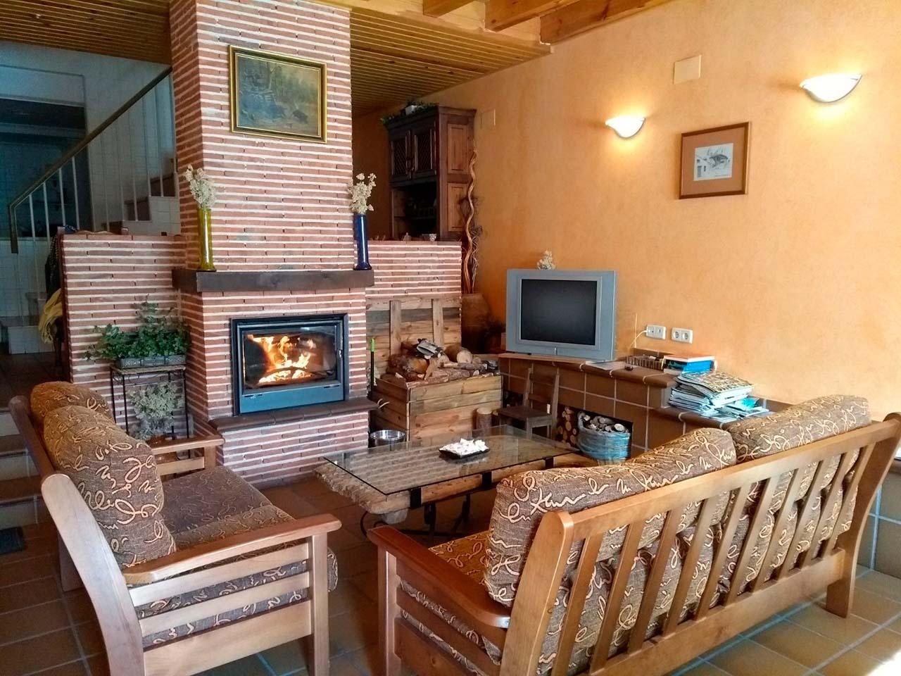 Alquiler de Casa Rural Robellano en Navaleno, Soria. Casa rural con 4 dormitorios
