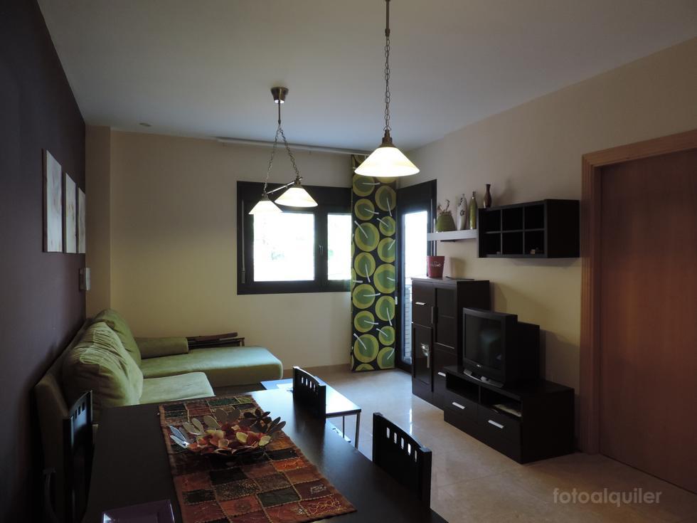 Apartamento vacacional de un dormitorio en Roquetas de Mar con piscina