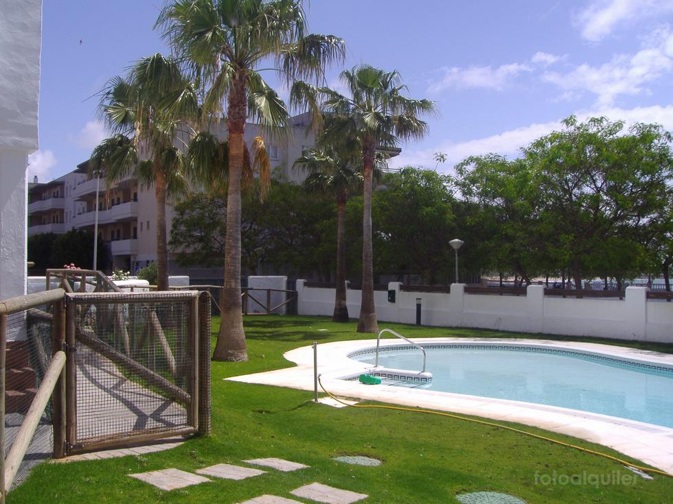 Alquiler primera línea playa apartamento en Rota