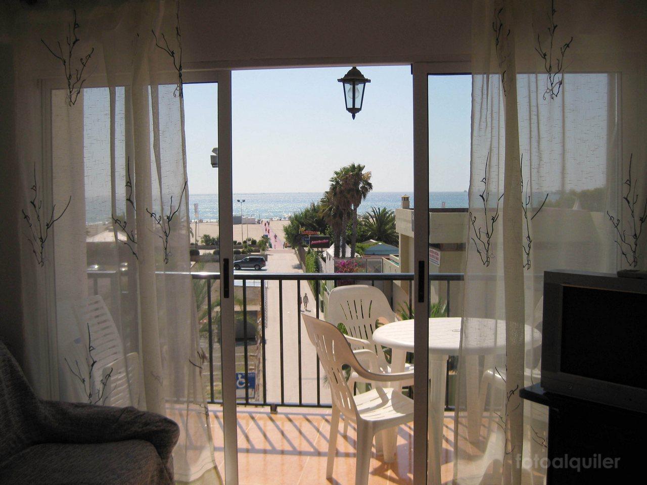 Alquiler apartamento en primera linea playa en Puerto de Sagunto, Valencia