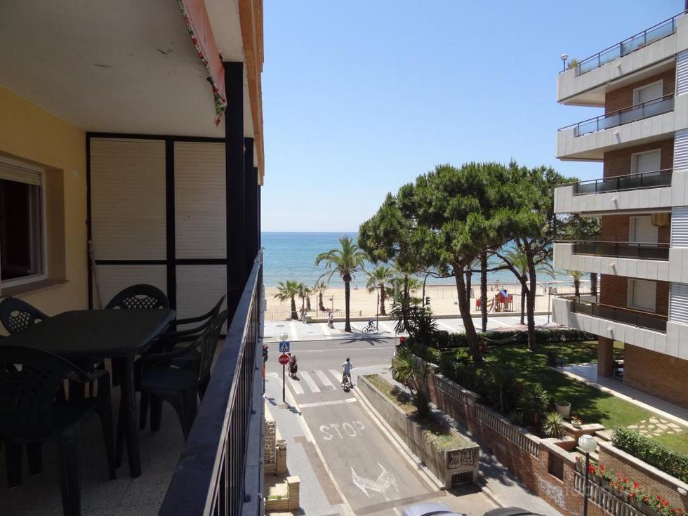 Alquiler de piso en primera linea de playa de Poniente en Salou, Tarragona, ref.: salou-11056