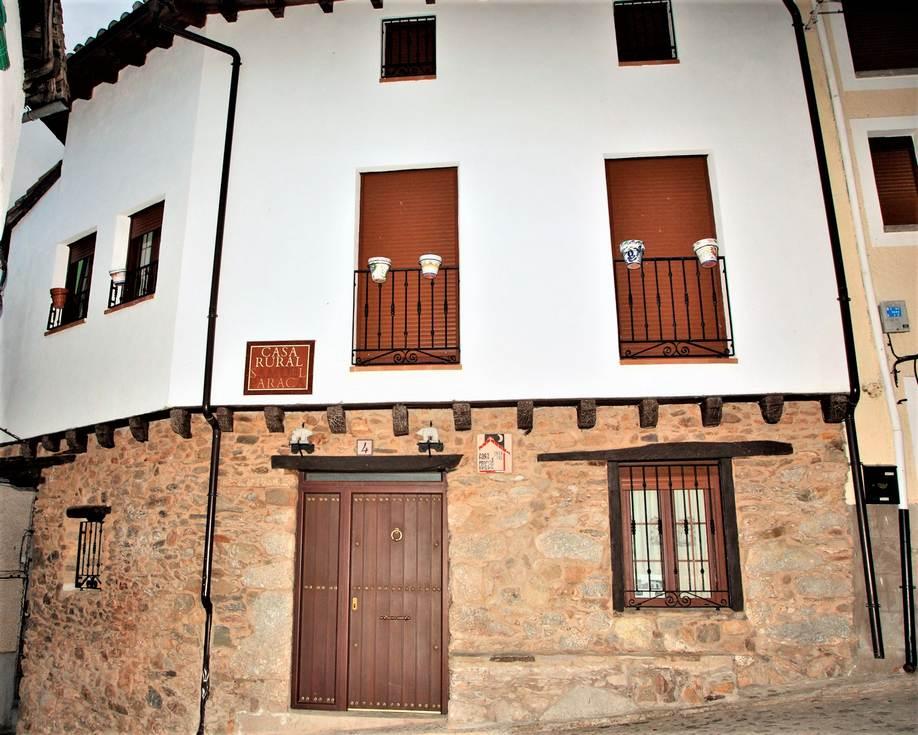 Samuel Paraca, casa rural con jacuzzi en Guisando, Sierra de Gredos, Avila