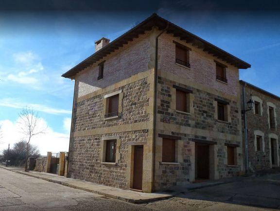 Alquiler de apartamentos rurales Senda del Duero en Vinuesa, Soria junto al sendero GR-86