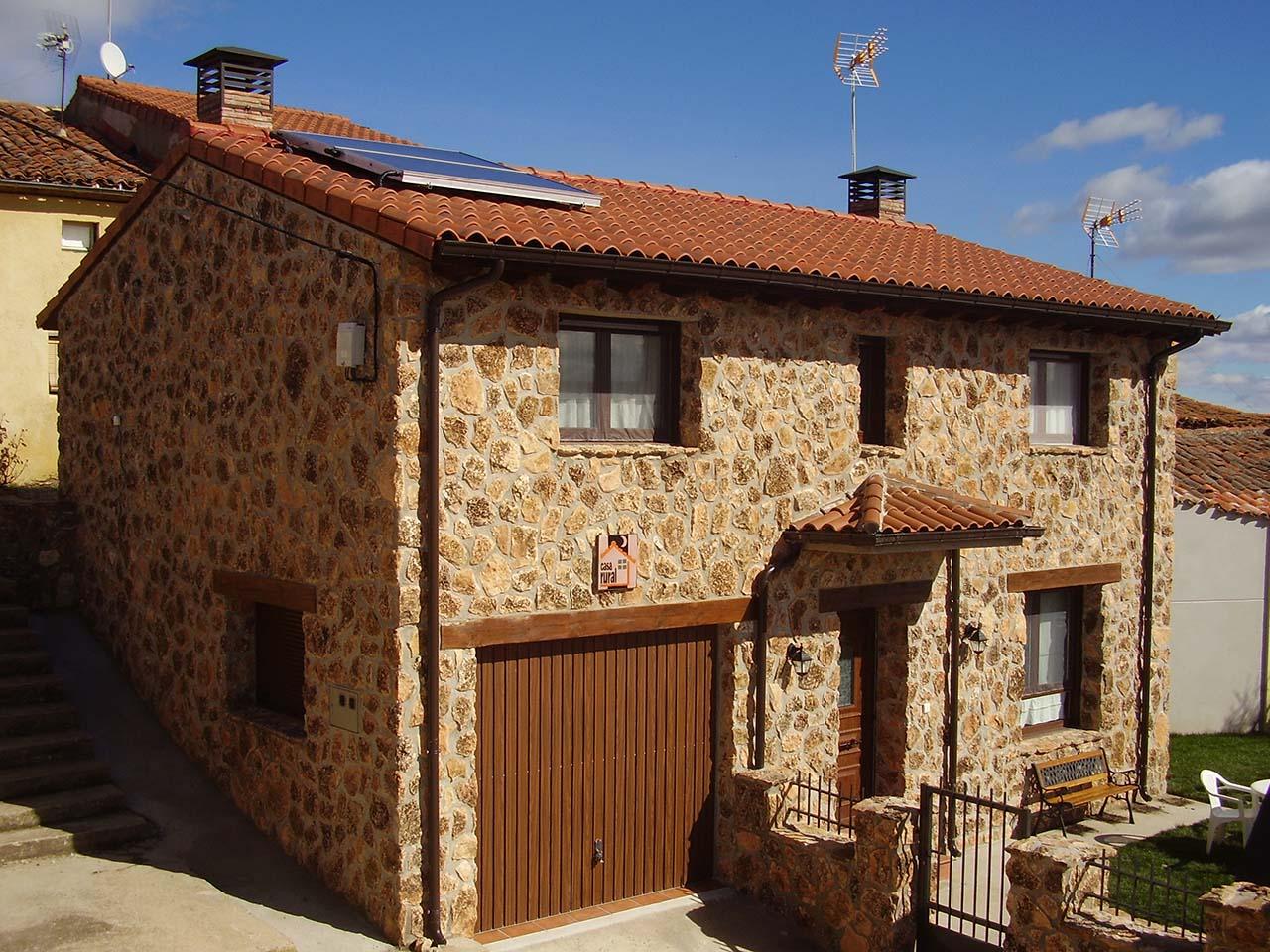 Casa Rural Sierra de Inodejo en Las Cuevas de Soria, Soria