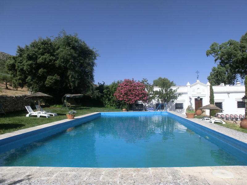 Sierra de Mampar, casa rural con piscina en Hornachos, Badajoz