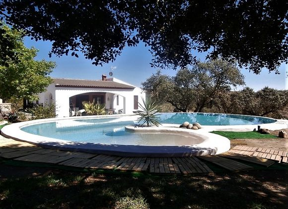 Sierra Hornachos, alquiler de Casa Rural  con piscina y barbacoa, Hornachos, Badajoz.