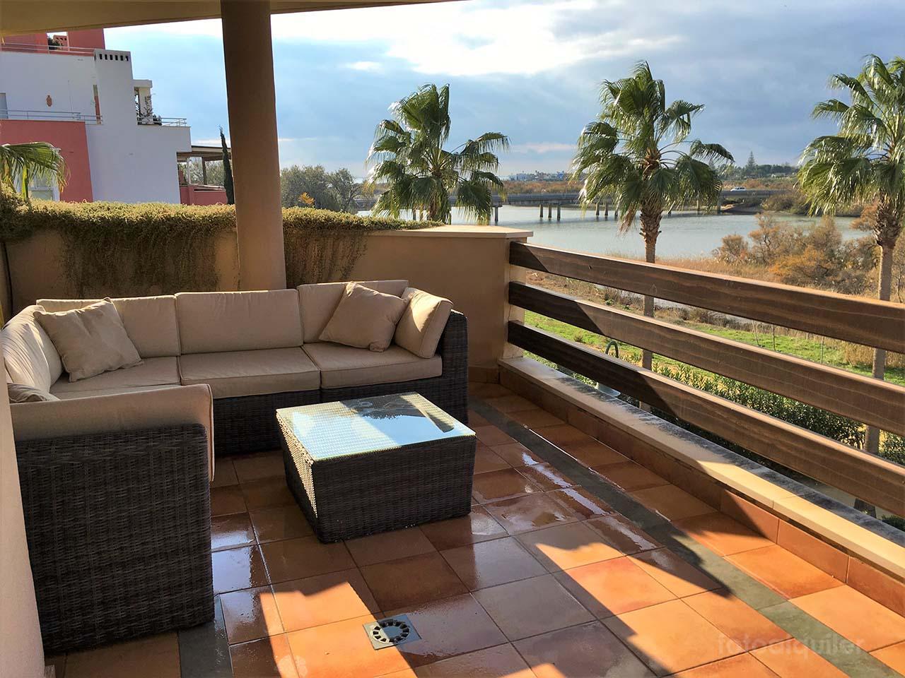 Alquiler de apartamento en la Marina de Sotogrande, San Roque, Cadiz