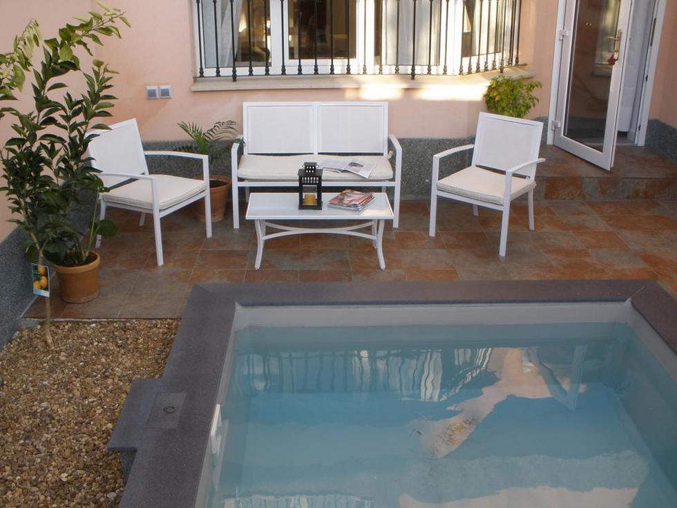 Tíbula City, apartamento turístico con piscina privada en Mérida, Badajoz